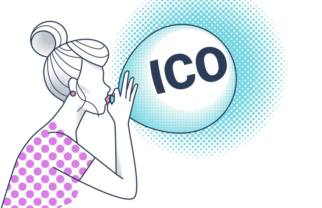 Person bläst ICO Luftballon auf